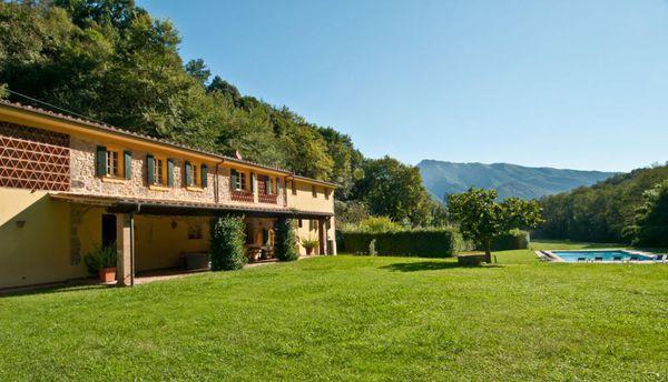6 bedroom Villa in Culla, Tuscany, Italy : ref 2268292 - Image 1 - Monteggiori - rentals