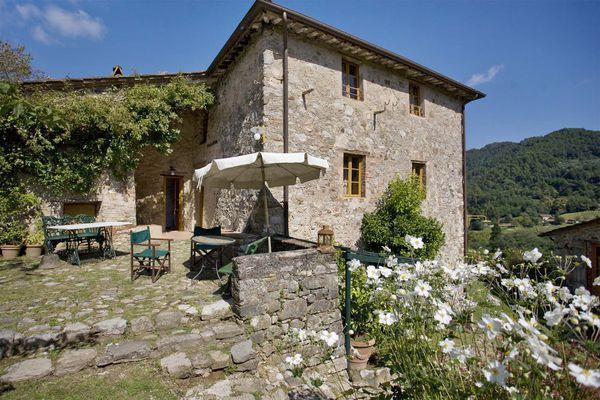 5 bedroom Villa in Bozzano, Tuscany, Italy : ref 2268348 - Image 1 - Monsagrati - rentals
