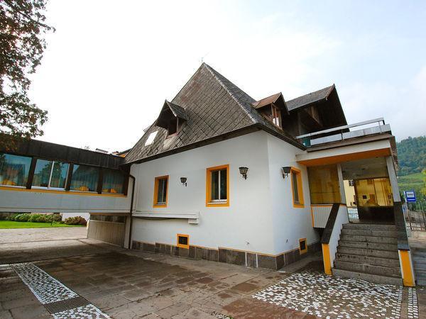 10 bedroom Villa in Pergine Valsugana, Trentino Alto Adige, Italy : ref 2268945 - Image 1 - Carezza - rentals