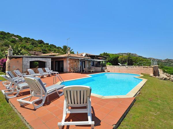 5 bedroom Villa in Arzachena, Sardinia, Italy : ref 2268953 - Image 1 - Abbiadori - rentals