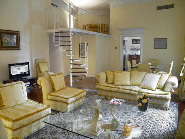 3 bedroom Apartment in Rome, Latium, Italy : ref 2268968 - Image 1 - Colonna - rentals
