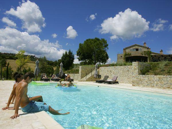 4 bedroom Villa in Pratale, Umbria, Italy : ref 2269057 - Image 1 - Allerona - rentals
