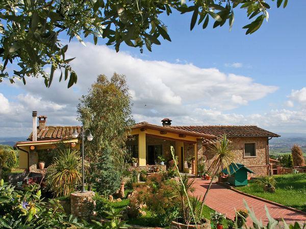 4 bedroom Villa in Capraia E Limite, Tuscany, Italy : ref 2269238 - Image 1 - San Giusto - rentals