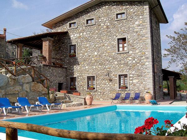 8 bedroom Apartment in Mazzole, Tuscany, Italy : ref 2269271 - Image 1 - Caprese Michelangelo - rentals