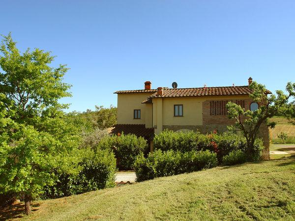 6 bedroom Villa in Catignano, Tuscany, Italy : ref 2269840 - Image 1 - Gambassi Terme - rentals