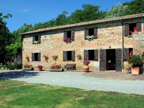 7 bedroom Villa in Celle Sul Rigo, Tuscany, Italy : ref 2269910 - Image 1 - Celle sul Rigo - rentals