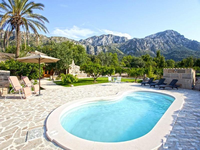 3 bedroom Villa in Pollensa, Vall De March, Mallorca : ref 2271990 - Image 1 - Pollenca - rentals