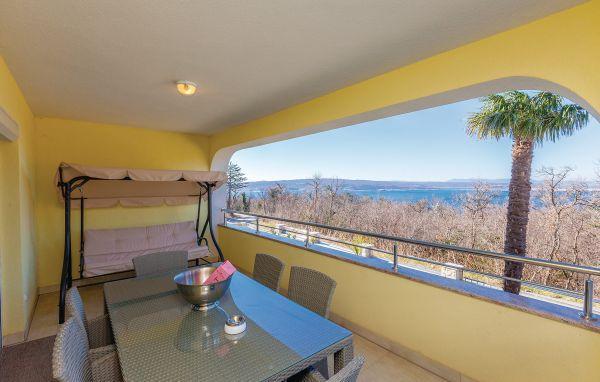 3 bedroom Apartment in Crikvenica, Crikvenica, Croatia : ref 2276816 - Image 1 - Crikvenica - rentals
