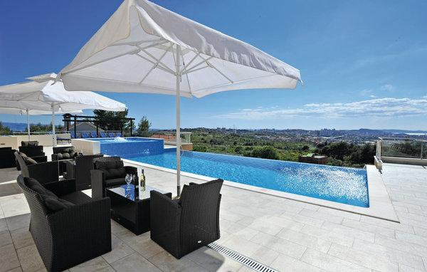 9 bedroom Villa in Split-Mravince, Split, Croatia : ref 2277439 - Image 1 - Solin - rentals