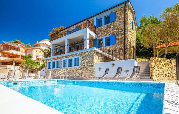 5 bedroom Villa in Rab-Supetarska Draga, Island Of Rab, Croatia : ref 2277481 - Image 1 - Supetarska Draga - rentals