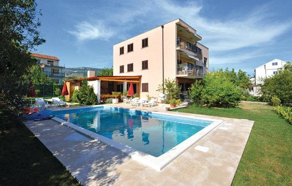 8 bedroom Villa in Trogir-Kastel Stafilic, Trogir, Croatia : ref 2278438 - Image 1 - Kastel Stafilic - rentals