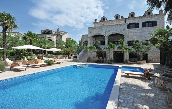 8 bedroom Villa in Makarska-Zmijavci, Makarska, Croatia : ref 2278441 - Image 1 - Imotski - rentals