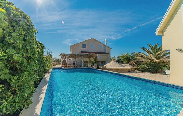 8 bedroom Villa in Pag-Kosljun, Island Of Pag, Croatia : ref 2279094 - Image 1 - Island Pag - rentals