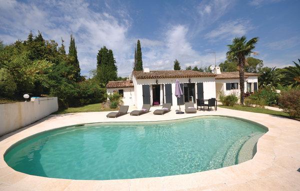 4 bedroom Villa in Valbonne, Alpes Maritimes, France : ref 2279295 - Image 1 - Valbonne - rentals