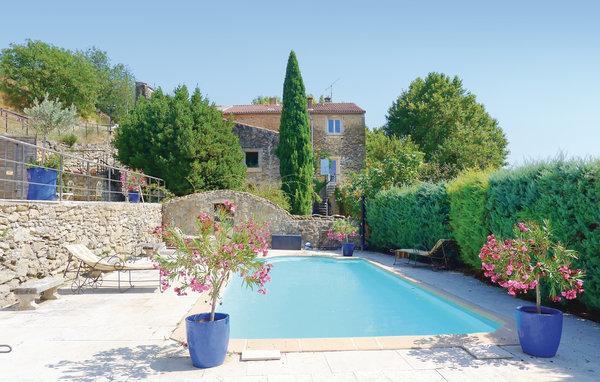6 bedroom Villa in Cornillon-Confoux, Bouches Du Rhone, France : ref 2279392 - Image 1 - Cornillon-Confoux - rentals