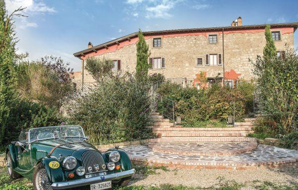 5 bedroom Villa in Montefiascone, Latium Countryside, Italy : ref 2280320 - Image 1 - Montefiascone - rentals