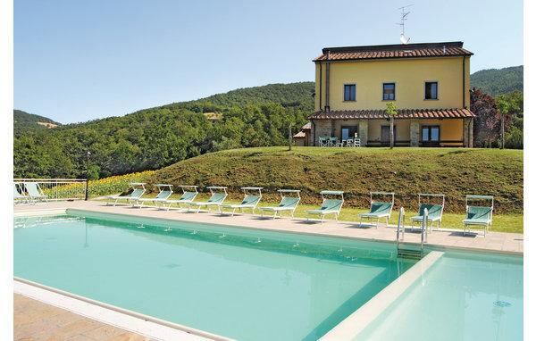 9 bedroom Villa in Sansepolcro, Arezzo / Cortona And Surroundings, Italy : ref 2280407 - Image 1 - Sansepolcro - rentals