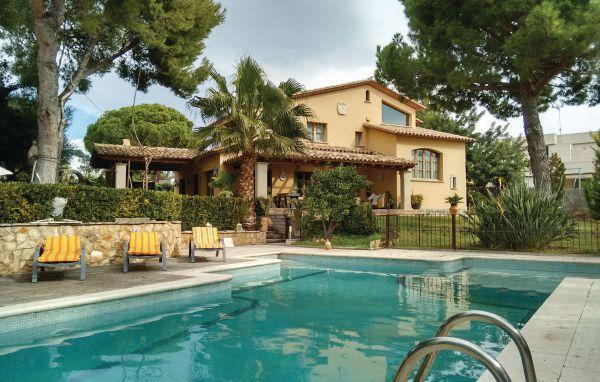 5 bedroom Villa in Roda de Bara, Costa Dorada, Spain : ref 2280555 - Image 1 - El Roc De Sant Gaieta - rentals