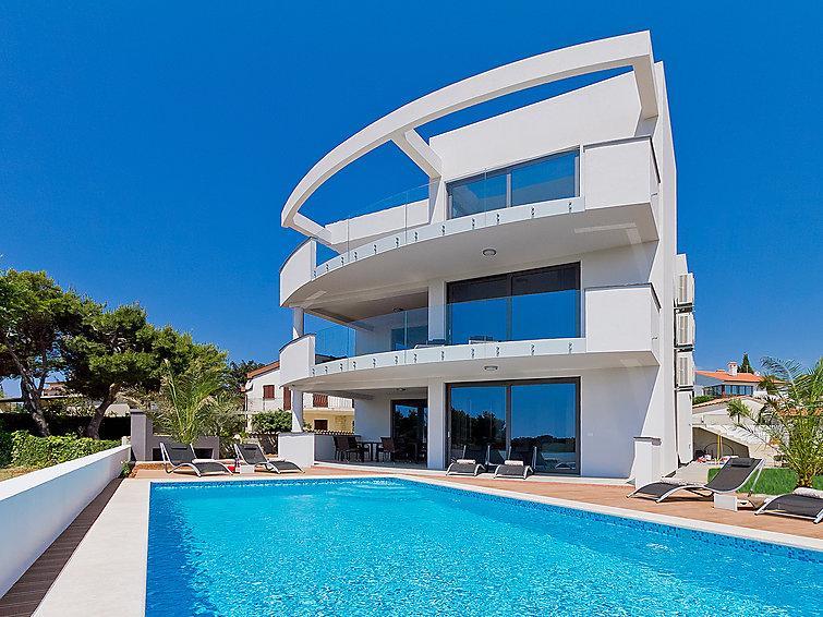 5 bedroom Villa in Pula Premantura, Istria, Croatia : ref 2283400 - Image 1 - Premantura - rentals