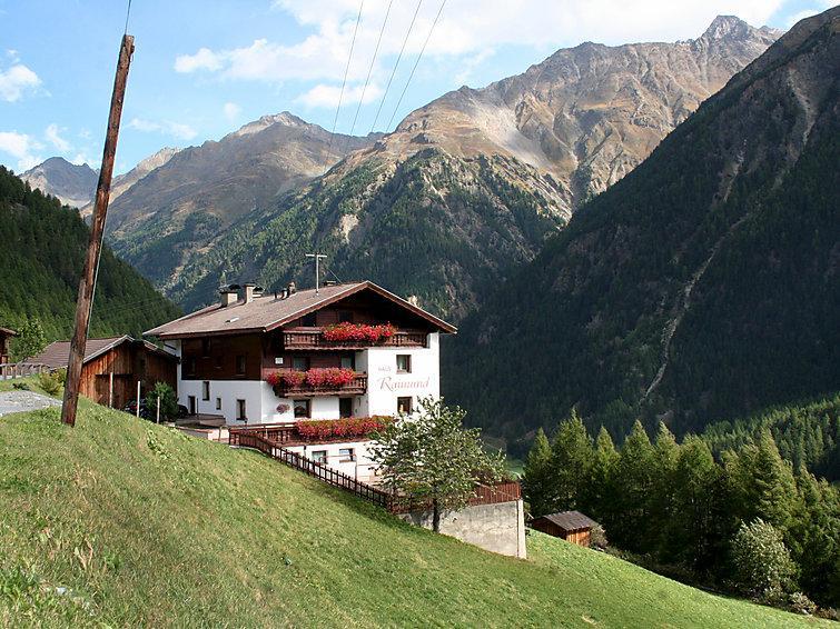 7 bedroom Villa in Solden, Otztal, Austria : ref 2285737 - Image 1 - Solden - rentals