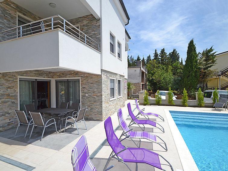 9 bedroom Villa in Starigrad Paklenica, North Dalmatia, Croatia : ref 2285922 - Image 1 - Starigrad-Paklenica - rentals