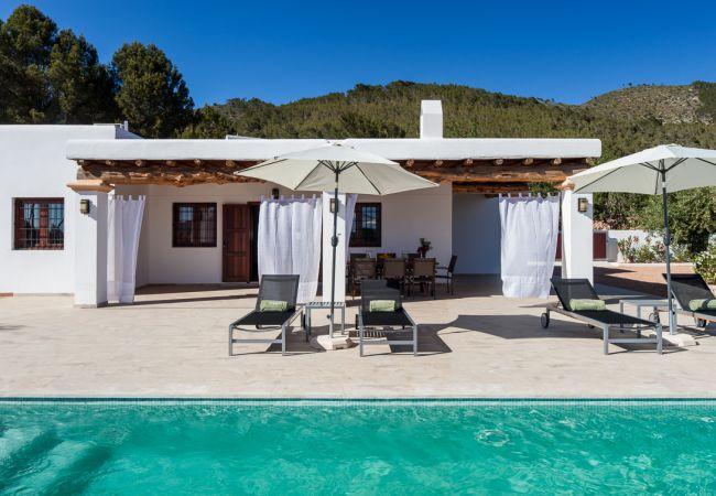 6 bedroom Villa in Sant Joan De Labritja, Sant Llorenc De Balafia, Baleares, Ibiza : ref 2288687 - Image 1 - Sant Joan de Labritja - rentals