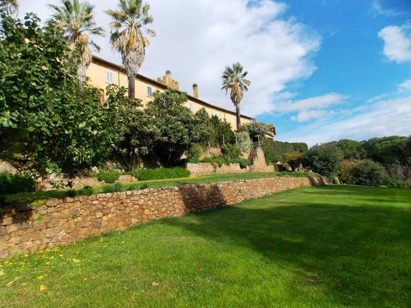 8 bedroom Apartment in Manciano, Maremma, Tuscany, Italy : ref 2294099 - Image 1 - Marsiliana - rentals