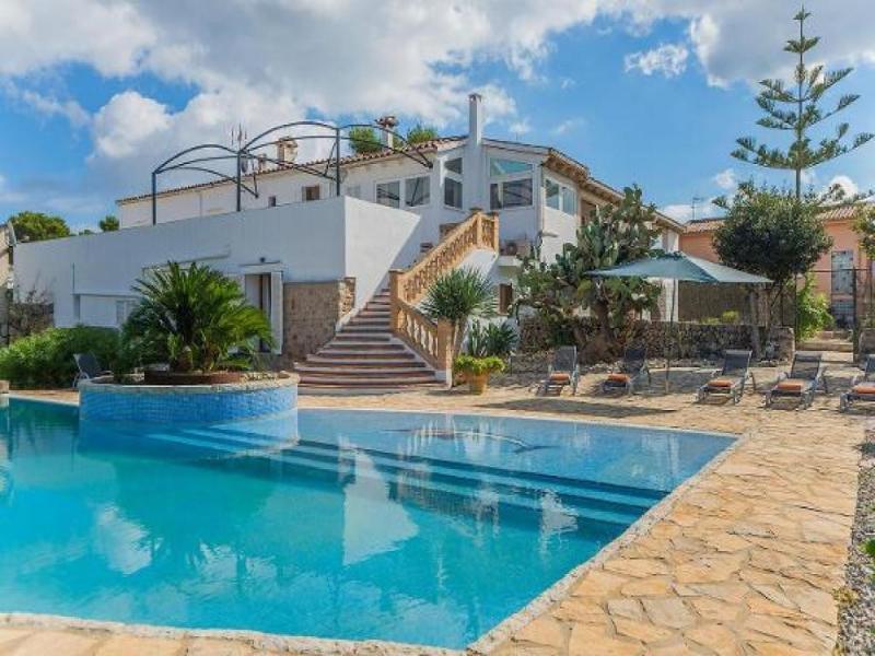 7 bedroom Villa in Puerto Alcudia, Mallorca, Mallorca : ref 2294520 - Image 1 - Puerto de Alcudia - rentals