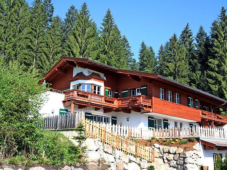 5 bedroom Apartment in Kitzbuhel, Tyrol, Austria : ref 2295530 - Image 1 - Kitzbühel - rentals
