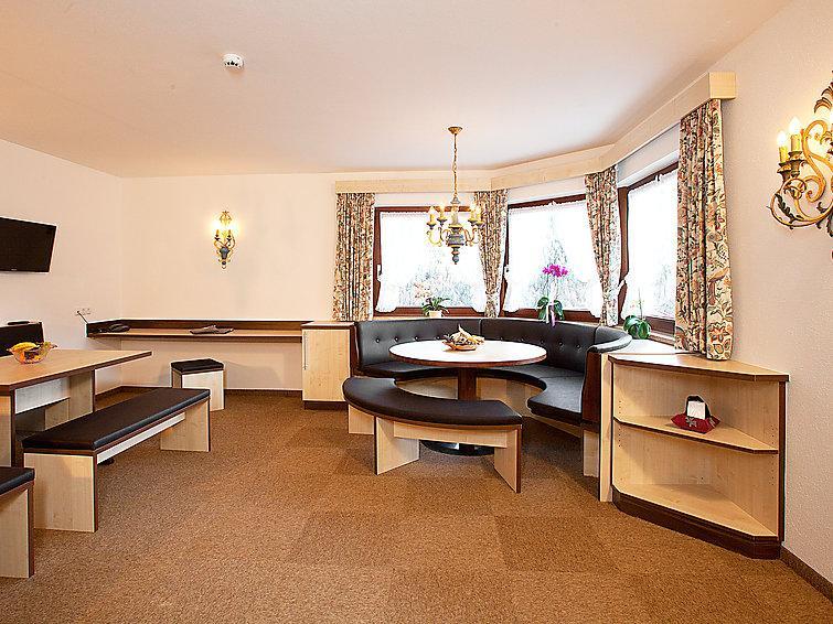 4 bedroom Apartment in Solden, Otztal, Austria : ref 2295620 - Image 1 - Solden - rentals