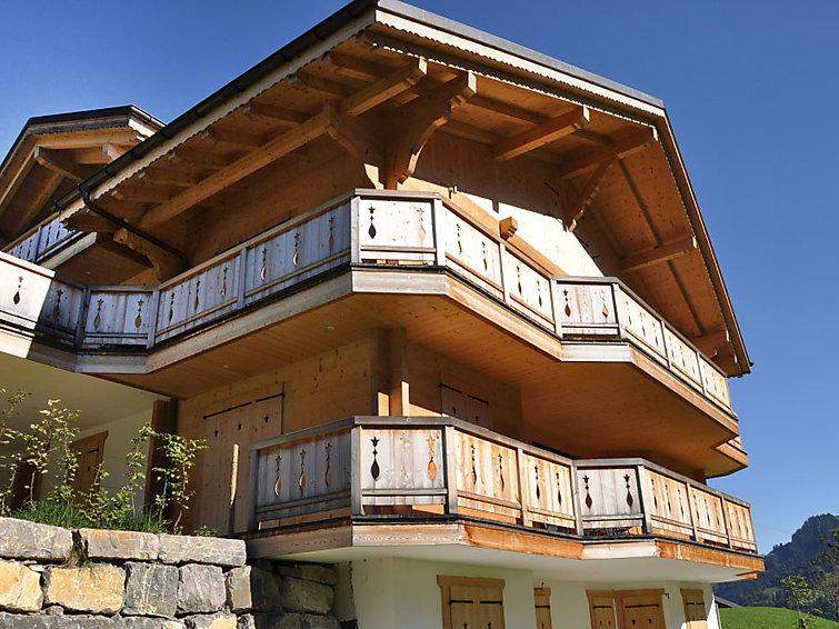 4 bedroom Villa in Champery, Valais, Switzerland : ref 2295997 - Image 1 - Champéry - rentals
