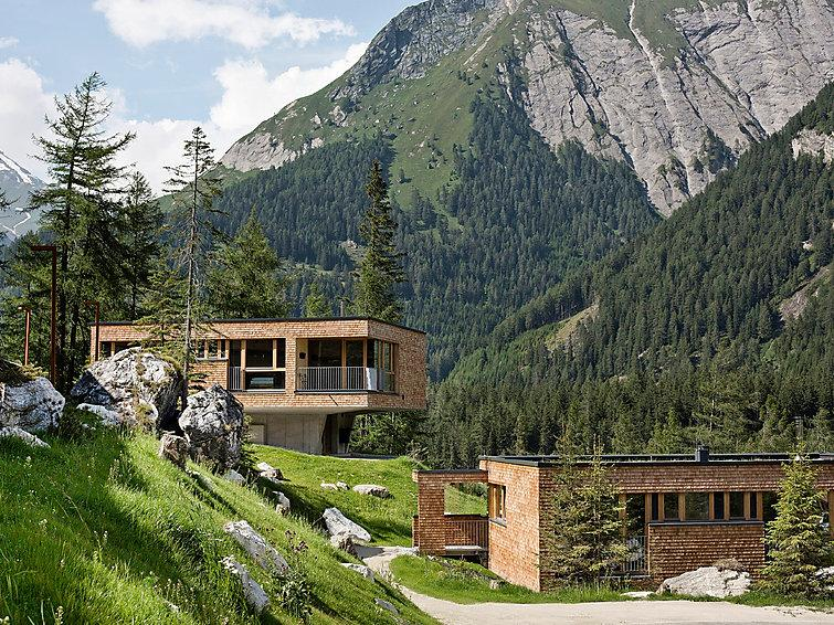 4 bedroom Villa in Kals am GroSsglockner, Eastern Tyrol, Austria : ref 2296037 - Image 1 - Kals am Grossglockner - rentals