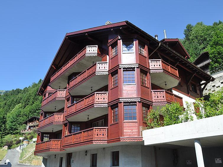 3 bedroom Apartment in Champery, Valais, Switzerland : ref 2296092 - Image 1 - Champéry - rentals