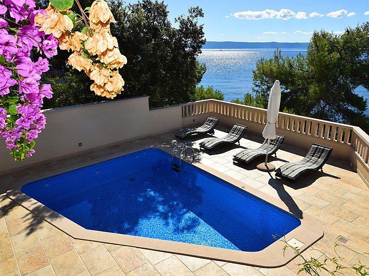8 bedroom Apartment in Brac Selca, Central Dalmatia Islands, Croatia : ref 2296161 - Image 1 - Sumartin - rentals