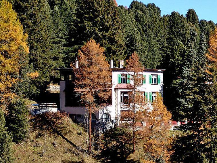2 bedroom Villa in Davos, Praettigau Landwassertal, Switzerland : ref 2298177 - Image 1 - Davos - rentals