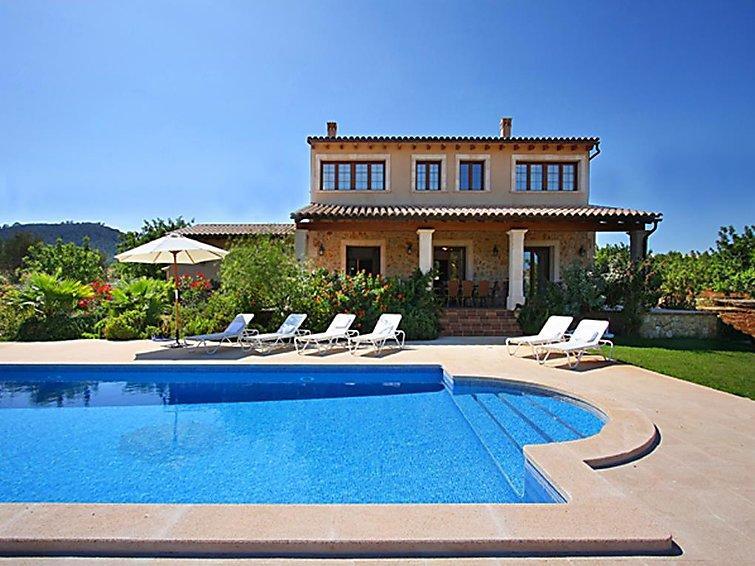4 bedroom Villa in Cala Bona, Mallorca, Mallorca : ref 2298624 - Image 1 - Cala Bona - rentals