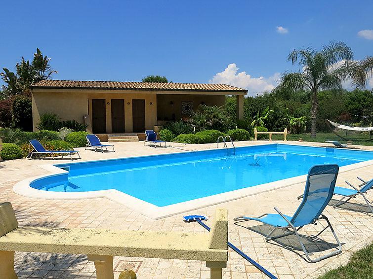 4 bedroom Villa in Selinunte, Sicily, Italy : ref 2299067 - Image 1 - Marinella di Selinunte - rentals