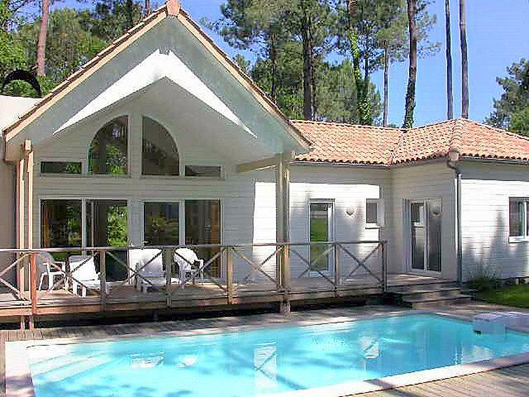 4 bedroom Villa in Biscarosse, Les Landes, France : ref 2299536 - Image 1 - Biscarrosse - rentals