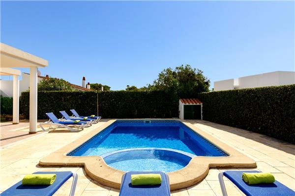 4 bedroom Villa in Cala Blanca, Minorca, Cala Blanca, Menorca : ref 2301026 - Image 1 - Cala Blanca - rentals