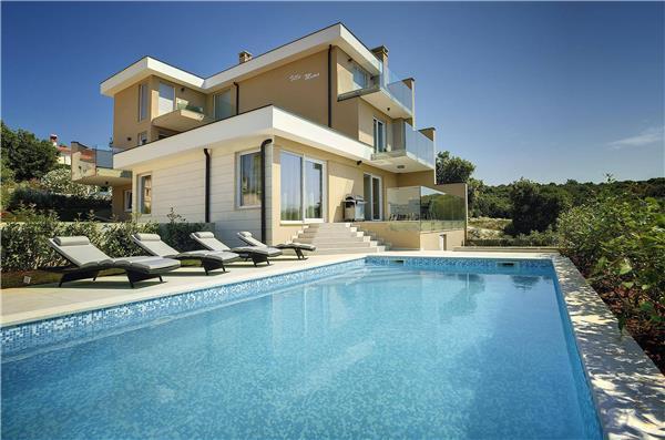 5 bedroom Villa in Pavicini, Istria, Croatia : ref 2301251 - Image 1 - Pavicini - rentals