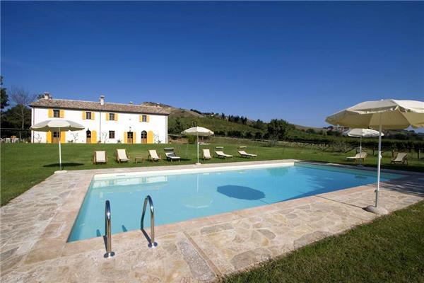 6 bedroom Villa in Brisighella, Emilia Romagna, Italy : ref 2301307 - Image 1 - Brisighella - rentals