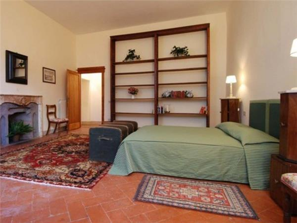 3 bedroom Apartment in Florence, Tuscany, Florence, Italy : ref 2301312 - Image 1 - Florence - rentals