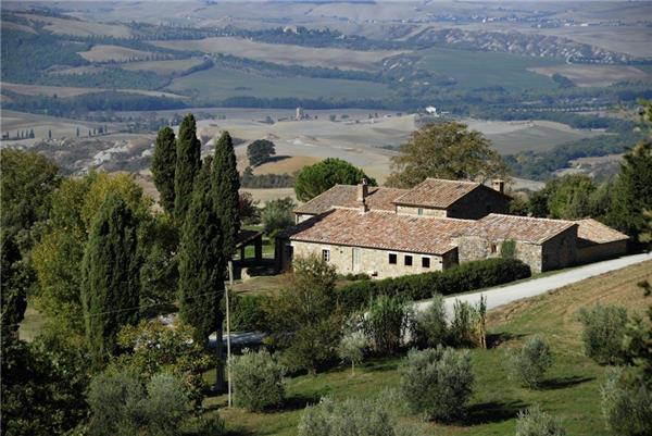 6 bedroom Villa in Sarteano, Tuscany, Italy : ref 2301469 - Image 1 - Sarteano - rentals