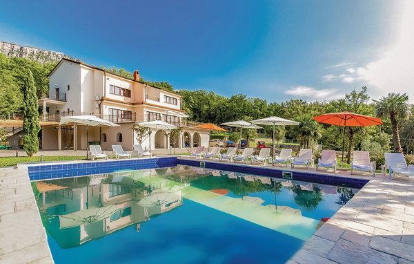 6 bedroom Villa in Novi Vinodolski, Novi Vinodolski, Croatia : ref 2302771 - Image 1 - Novi Vinodolski - rentals