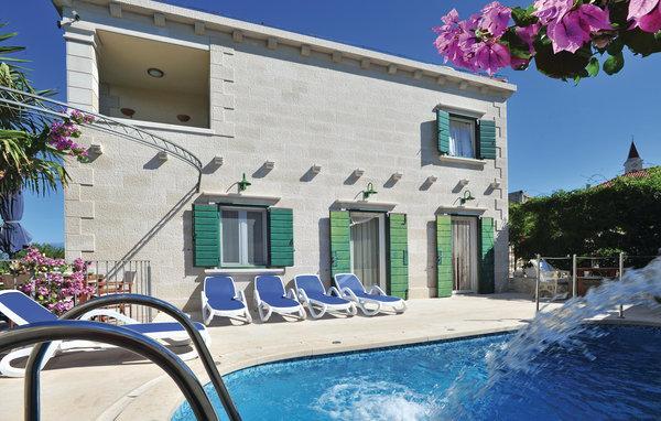 4 bedroom Villa in Brac-Mirca, Island Of Brac, Croatia : ref 2302817 - Image 1 - Mirca - rentals