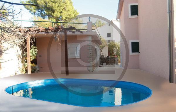 4 bedroom Villa in Omis-Medici, Omis, Croatia : ref 2303343 - Image 1 - Mimice - rentals