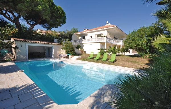 4 bedroom Villa in Golfe Juan, Alpes Maritimes, France : ref 2303476 - Image 1 - Golfe-Juan Vallauris - rentals