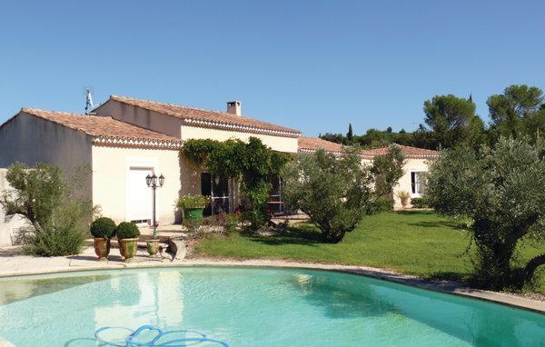 4 bedroom Villa in Boulbon, Bouches Du Rhone, France : ref 2303504 - Image 1 - Boulbon - rentals