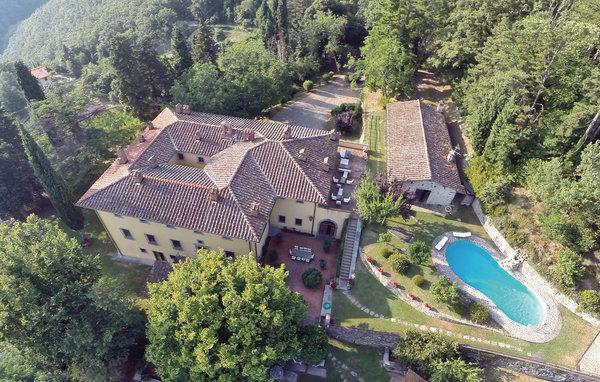10 bedroom Villa in La Contea, Florence Surroundings, Italy : ref 2303577 - Image 1 - Londa - rentals
