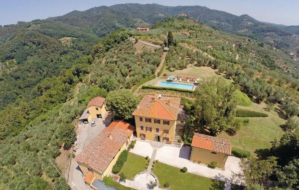 5 bedroom Villa in Massa e Cozzile, Montecatini / Pistoia And Surroundings - Image 1 - Massa e Cozzile - rentals